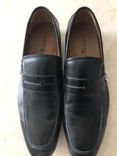 Preloved Florsheim formal shoes