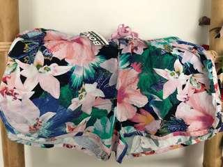Bonds Floral Cotton Beach Shorts. Size S.