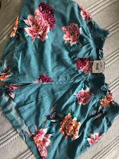Pretty Blue Floral Sleep Shorts. 10-12.