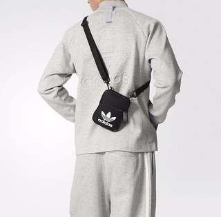 🚚 9527 Adidas Trefoil Festival Bag BK6730 黑色小腰包 愛迪達 側背方形包 (全新附發票)