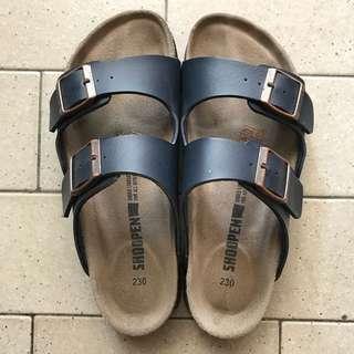 Shoopen Sandal