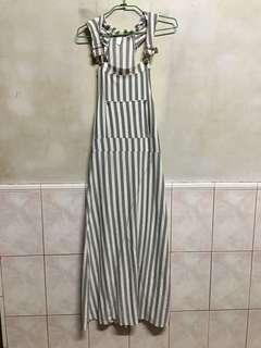 🚚 灰色直條紋吊帶裙 長裙