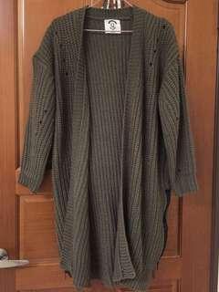 墨綠厚針織外套罩衫