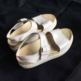 Dr Martens romi strap sandals
