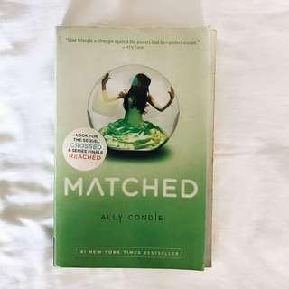 ally condie / matched