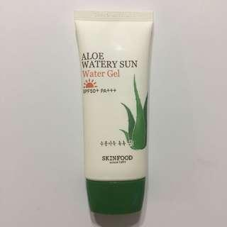 Skinfood Aloe Watery Sun Water Gel