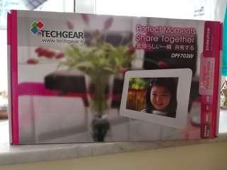 Techgear digital photo frame