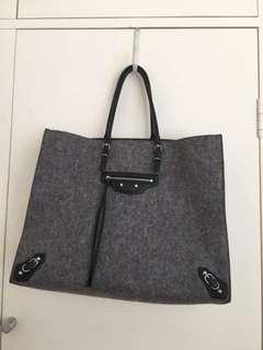 Balenciaga Gray Wool Felt Papier A4 Tote