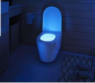 洗手間動態感應LED7彩燈
