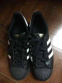 Adidas ( not fit style )