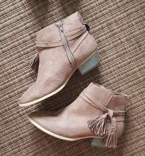 Brown Suede Ankle Boots Sz 37