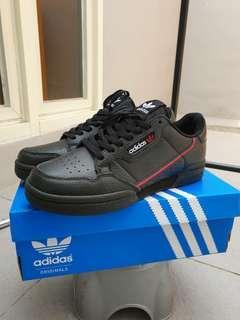 Sepatu Clasic