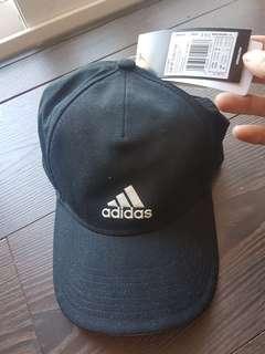 🚚 adidas caps