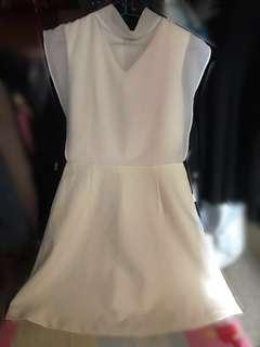 白色連身斯文裙