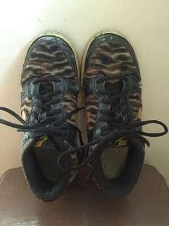 Nike tiger print rubber shoes