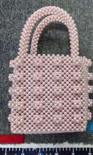 Shrimps style pink pearl hand bag