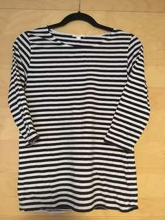 3/4 sleeve boat neck navy blue and white stripe top