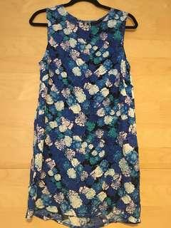 Beautiful cute light summery blue purple white floral flowery shirt mini dress sleeveless