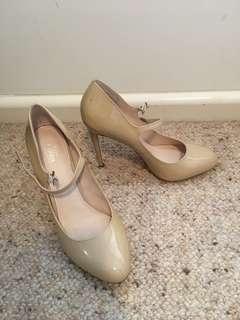 Tan Wittners heels