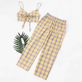 🚚 Tartan crop top with pants set
