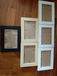 3R photo frames used only once