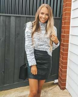 Princess Polly faux leather skirt XS