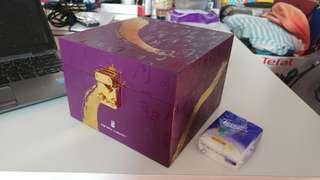 Ritz Carlton 月餅盒........