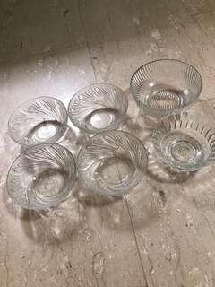 Glass display ware