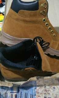 Sepatu boot pria / sepatu formal pria / sepatu pria