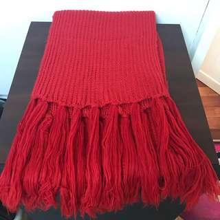 大紅色針織流蘇圍巾🧣