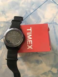 Timex Black Expedition