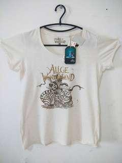 UNIQLO DISNEY ALICE IN WONDERLAND
