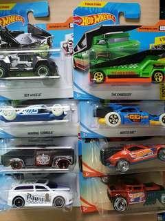 5x Hot Wheel Cars
