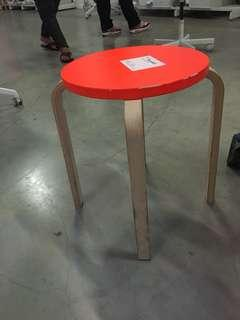 Stool ex display hanya ada 2 harha nett