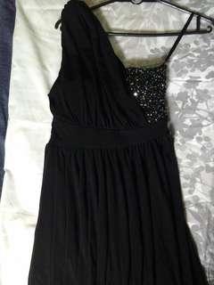 Party black (mini)dress