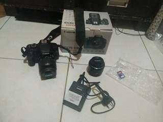 Jual Camera DSLR Cannon type EOS 600D