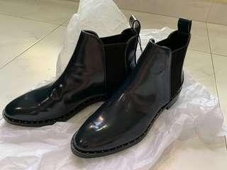 Brand new ZARA boot