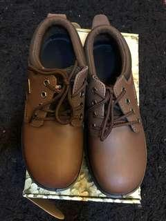 Allen & cooper safety shoes(size 42)