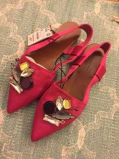 Zara never been worn fuscia and jewels shoes