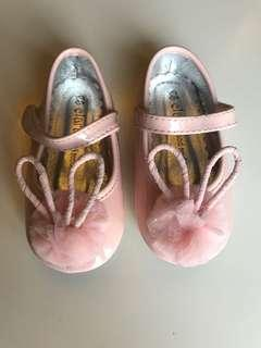 Baby girl rabbit pink shoes