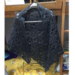 自家製作。人手鈎織。。三角披肩。#1