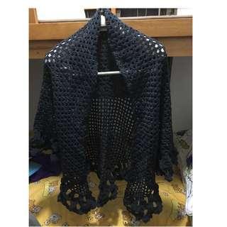 自家製作。人手鈎織。。三角披肩。#2