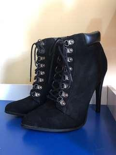 Forever 21 high heeled boots 8.5 US