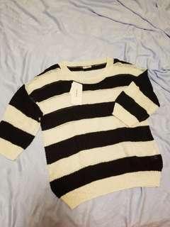 針織橫間上衣 中袖 sweater