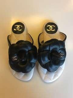 Chanel look alike sandal baby girl size 24