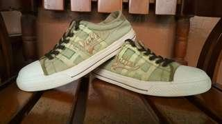 Sepatu Dallas R Sportive