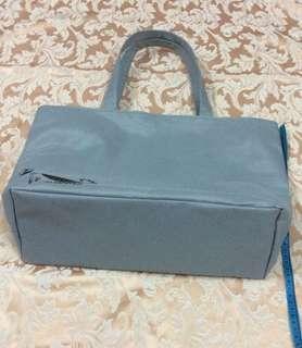 灰色帆布袋新淨 袋的Size見圖