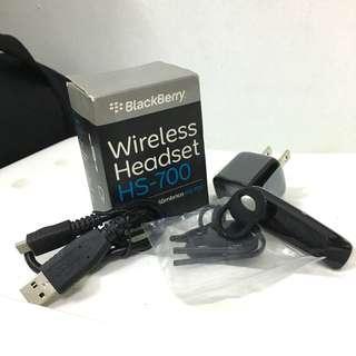 BlackBerry HS-700 Universal Bluetooth Headset BLACK
