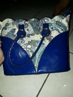 2 in 1 hand bag and sling bag Blue