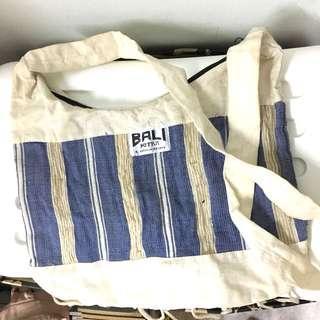 Simple Bali Sling Bag